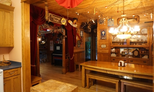 Bachelor party locations Wisconsin with a large cabin and activities for adults