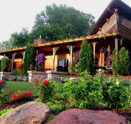 Montello Wisconsin vacation home rentals and resorts with boats for rent in Winter