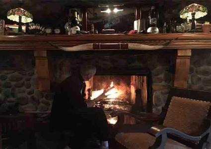 Winter Weekend getaways Wisconsin family cabin rentals resorts